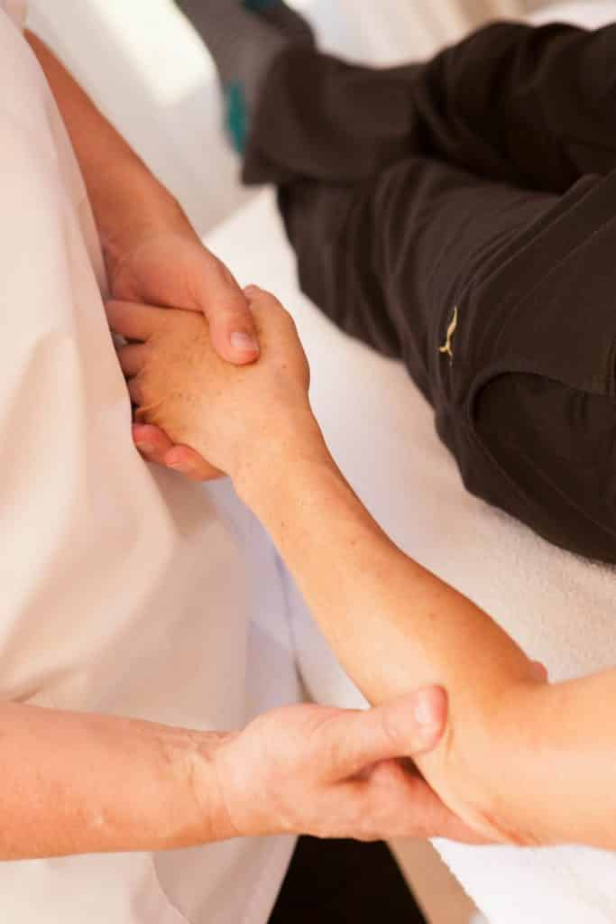 Osteopathic Techniques | Osteopath Crawley | The Richards' Centre